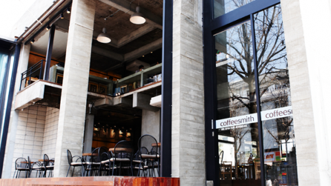 Have you ever been coffeesmith in Hongdae?