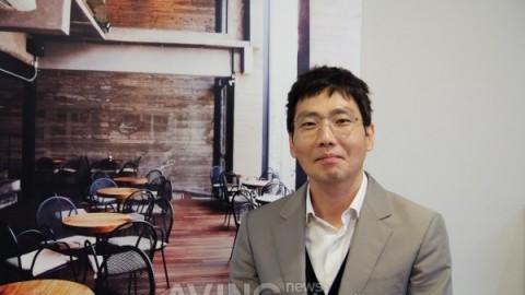 CEO가 직접 디자인한 커피전문점, 회색과 블랙톤의 세련된 매장 '커피스미스' 주목!