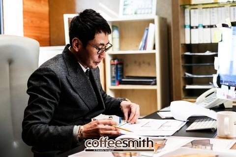 커피스미스, 시그니처 디자인으로 지역 문화공간 자리매김