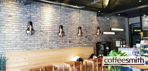 커피스미스, 각산이마트점 오픈
