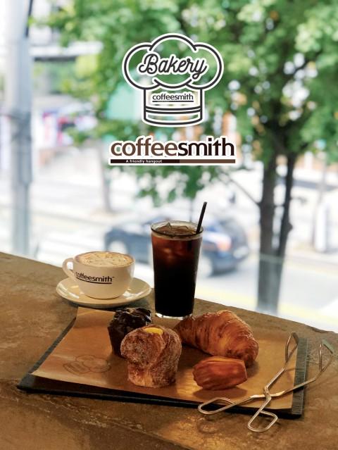 커피스미스 홍대점, 직접 굽는 빵 베이커리 출시